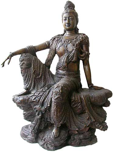 Royal Ease Quan Yin Statue