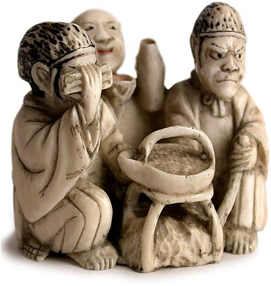 Three Noblemen Netsuke rt