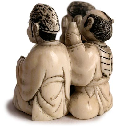 Three Noblemen Netsuke side