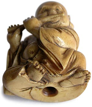 Hotei Playing Flute Netsuke bottom