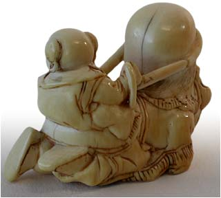 Karako On Fukurokuju Netsuke back