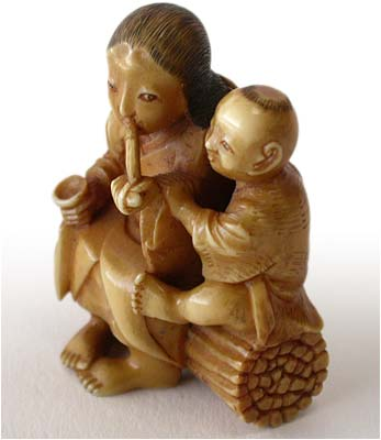 Smoking Mother and Child Netsuke lt