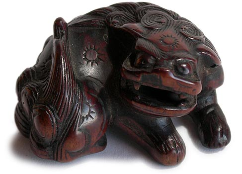 Shishi Lion Wood Netsuke