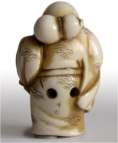 Little Hotei Netsuke back