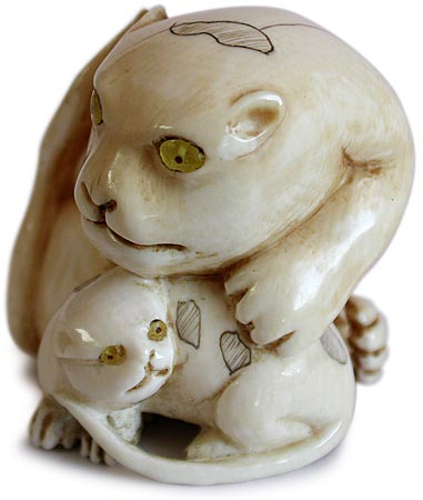 Tigress and Cub Netsuke