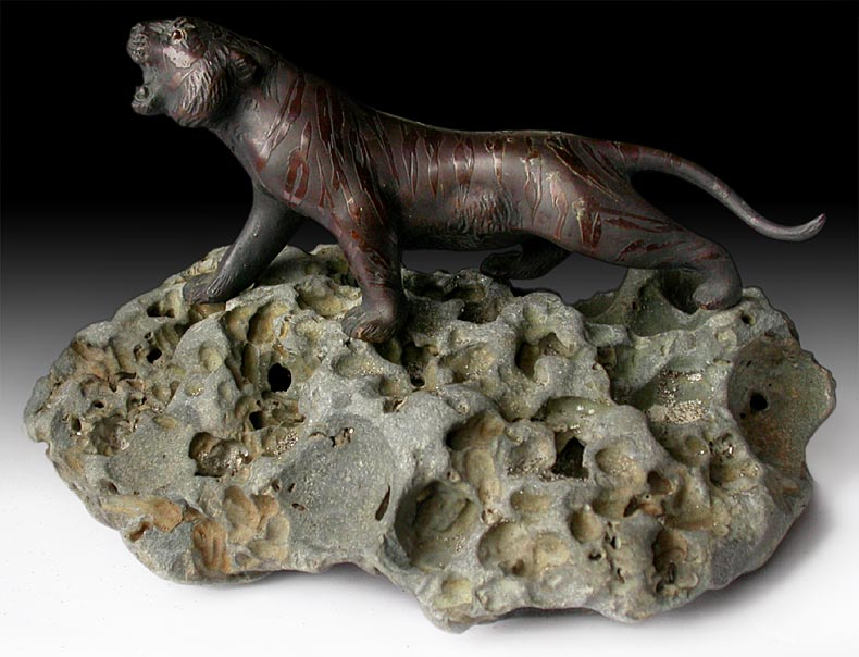 Meiji Bronze Tiger Paper Weight