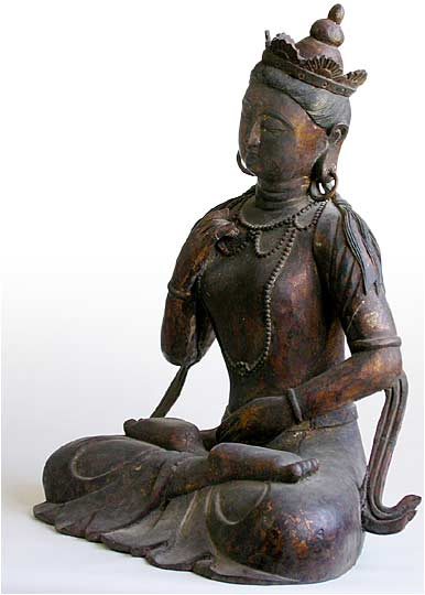 Gilt Wood Kwan Yin lt